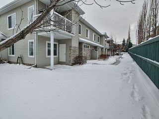 Photo 3: 152 460 Cranberry Way: Sherwood Park Carriage for sale : MLS®# E4221226