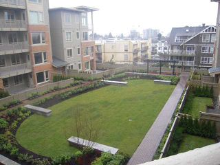 "Photo 9: 301 119 W 22ND Street in North Vancouver: Central Lonsdale Condo for sale in ""Anderson Walk"" : MLS®# V936339"