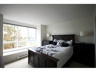 "Photo 6: 6727 VILLAGE Grove in Burnaby: Highgate Townhouse for sale in ""MONTEREY"" (Burnaby South)  : MLS®# V977948"
