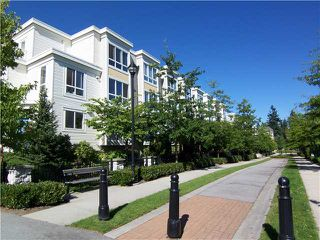 "Photo 1: 6727 VILLAGE Grove in Burnaby: Highgate Townhouse for sale in ""MONTEREY"" (Burnaby South)  : MLS®# V977948"