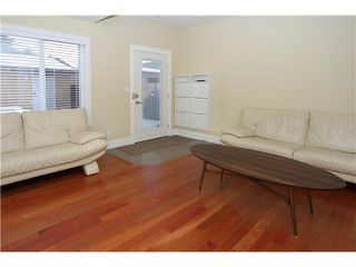 Photo 10: 2028 35 Street SW in CALGARY: Killarney Glengarry Residential Detached Single Family for sale (Calgary)  : MLS®# C3551196