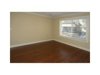 """Photo 7: 216 DAWE Street in New Westminster: Queensborough House for sale in """"HARITAGE LANE HOME"""" : MLS®# V994792"""