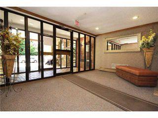 Photo 3: 409 3730 50 Street NW in CALGARY: Varsity Village Condo for sale (Calgary)  : MLS®# C3578114
