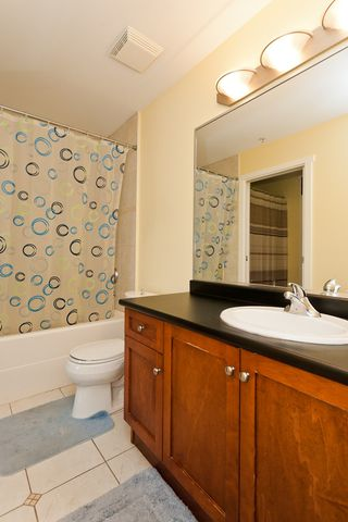 "Photo 13: 506 415 E COLUMBIA Street in New Westminster: Sapperton Condo for sale in ""SAN MARINO"" : MLS®# V1018971"