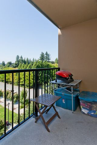"Photo 16: 506 415 E COLUMBIA Street in New Westminster: Sapperton Condo for sale in ""SAN MARINO"" : MLS®# V1018971"