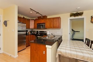 "Photo 6: 506 415 E COLUMBIA Street in New Westminster: Sapperton Condo for sale in ""SAN MARINO"" : MLS®# V1018971"
