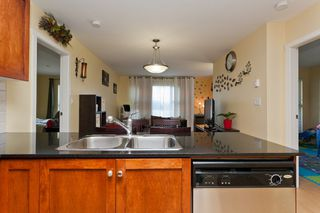 "Photo 8: 506 415 E COLUMBIA Street in New Westminster: Sapperton Condo for sale in ""SAN MARINO"" : MLS®# V1018971"