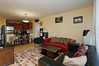 "Photo 3: 506 415 E COLUMBIA Street in New Westminster: Sapperton Condo for sale in ""SAN MARINO"" : MLS®# V1018971"