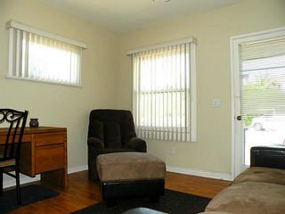 Photo 2: HILLCREST House for sale : 1 bedrooms : 3807 Richmond Street in San Diego