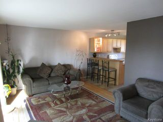 Photo 5: 613 Kildare Avenue East in WINNIPEG: Transcona Residential for sale (North East Winnipeg)  : MLS®# 1318617