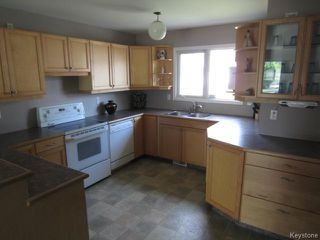 Photo 3: 613 Kildare Avenue East in WINNIPEG: Transcona Residential for sale (North East Winnipeg)  : MLS®# 1318617