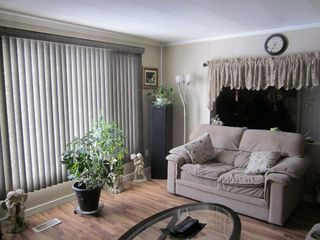 Photo 4: #17, 810 56 Street: Edson Mobile for sale : MLS®# 32865