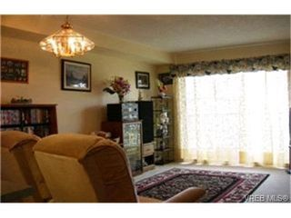 Photo 3:  in VICTORIA: SW Tillicum Condo Apartment for sale (Saanich West)  : MLS®# 395796