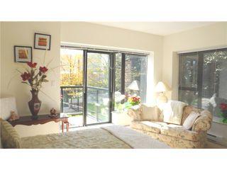 Photo 8: # 201 11 E ROYAL AV in New Westminster: Fraserview NW Condo for sale : MLS®# V1058330