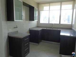 Photo 3: Apartment - Luxor Tower 100 in El Cangrejo for sale!
