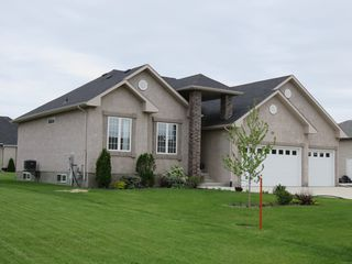 Photo 2: 39 Sage Place in Oakbank: Single Family Detached for sale : MLS®# 1514916