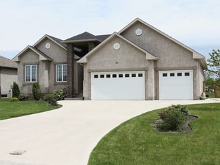 Photo 3: 39 Sage Place in Oakbank: Single Family Detached for sale : MLS®# 1514916