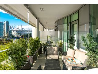 Photo 8: # 404 1616 COLUMBIA ST in Vancouver: False Creek Condo for sale (Vancouver West)  : MLS®# V1115216