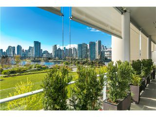 Photo 9: # 404 1616 COLUMBIA ST in Vancouver: False Creek Condo for sale (Vancouver West)  : MLS®# V1115216