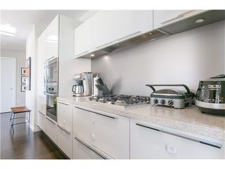 Photo 7: # 404 1616 COLUMBIA ST in Vancouver: False Creek Condo for sale (Vancouver West)  : MLS®# V1115216