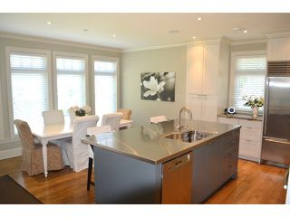 Photo 2: 2623 MCBRIDE AV in Surrey: Crescent Bch Ocean Pk. House for sale (South Surrey White Rock)  : MLS®# F1444187