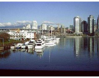 "Photo 1: 1134 FOUNDRY QUAY BB in Vancouver: False Creek Townhouse for sale in ""SPRUCE VILLAGE"" (Vancouver West)  : MLS®# V542855"