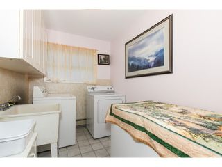 Photo 7: 5247 BENTLEY DR in Ladner: Hawthorne House for sale : MLS®# V1128574