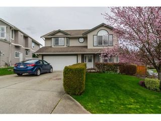 Photo 1: 7982 TOPPER DRIVE in Mission: Mission BC House for sale : MLS®# R2042980