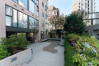 Photo 15: Vancouver West in Yaletown: Condo for sale : MLS®# R2082284