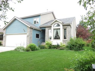 Photo 2: 200 Alberhill Crescent in Winnipeg: Single Family Detached for sale (Sun Valley Park)  : MLS®# 1620819