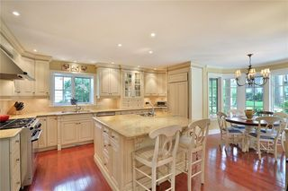 Photo 21: 142 Castle Cres in : 1006 - FD Ford FRH for sale (Oakville)  : MLS®# 30523513