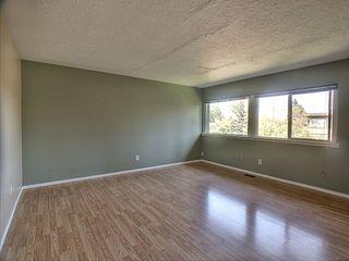 Photo 2: 10 6920 101 Avenue in Edmonton: Zone 19 Condo for sale : MLS®# E4171287