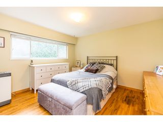 Photo 5: 1780 WOODVALE Avenue in Coquitlam: Central Coquitlam House for sale : MLS®# R2403169