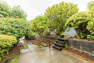 Photo 5: 5479 WILDWOOD Crescent in Delta: Cliff Drive House for sale (Tsawwassen)  : MLS®# R2405383