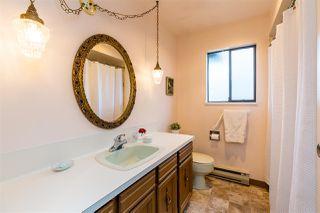 Photo 14: 5479 WILDWOOD Crescent in Delta: Cliff Drive House for sale (Tsawwassen)  : MLS®# R2405383