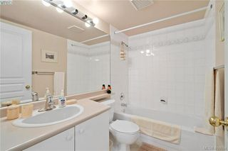 Photo 17: 201 1025 Meares Street in VICTORIA: Vi Downtown Condo Apartment for sale (Victoria)  : MLS®# 416054