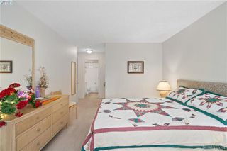 Photo 16: 201 1025 Meares Street in VICTORIA: Vi Downtown Condo Apartment for sale (Victoria)  : MLS®# 416054
