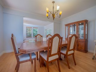 """Photo 10: 1454 SMITH Road in Gibsons: Gibsons & Area House for sale in """"LANGDALE"""" (Sunshine Coast)  : MLS®# R2412910"""