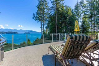 "Main Photo: 1454 SMITH Road in Gibsons: Gibsons & Area House for sale in ""LANGDALE"" (Sunshine Coast)  : MLS®# R2412910"