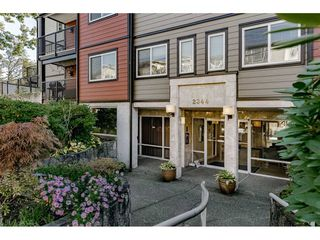 """Photo 2: 201 2344 ATKINS Avenue in Port Coquitlam: Central Pt Coquitlam Condo for sale in """"Mistral Quay"""" : MLS®# R2413022"""
