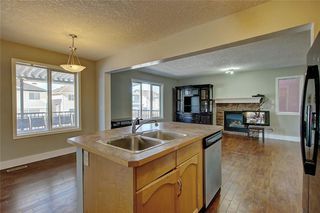 Photo 11: 81 SADDLECREST Park NE in Calgary: Saddle Ridge Detached for sale : MLS®# C4290760