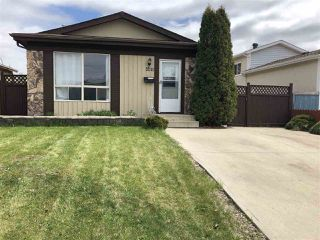 Photo 1: 3211 44A Street in Edmonton: Zone 29 House for sale : MLS®# E4197260