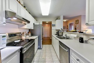 Photo 12: 303 519 TWELFTH Street in New Westminster: Uptown NW Condo for sale : MLS®# R2477967