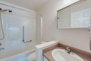 Photo 13: 212 290 Island Hwy in View Royal: VR View Royal Condo for sale : MLS®# 841841