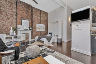 Photo 15: 217 562 Yates St in Victoria: Vi Downtown Condo Apartment for sale : MLS®# 845154