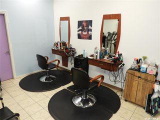 Photo 9: 40 220 Betts Avenue in Saskatoon: Blairmore Commercial for sale : MLS®# SK818194
