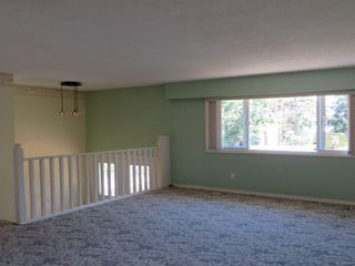 Photo 3: 9586 Epco Dr in : Si Sidney South-West House for sale (Sidney)  : MLS®# 851477