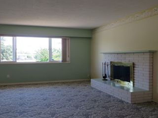 Photo 2: 9586 Epco Dr in : Si Sidney South-West House for sale (Sidney)  : MLS®# 851477