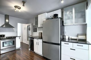 Photo 3: 2126 16 Street SW in Calgary: Bankview Detached for sale : MLS®# A1040401