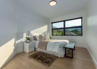 """Photo 14: 2918 HUCKLEBERRY Drive in Squamish: University Highlands House for sale in """"University Heights"""" : MLS®# R2506841"""